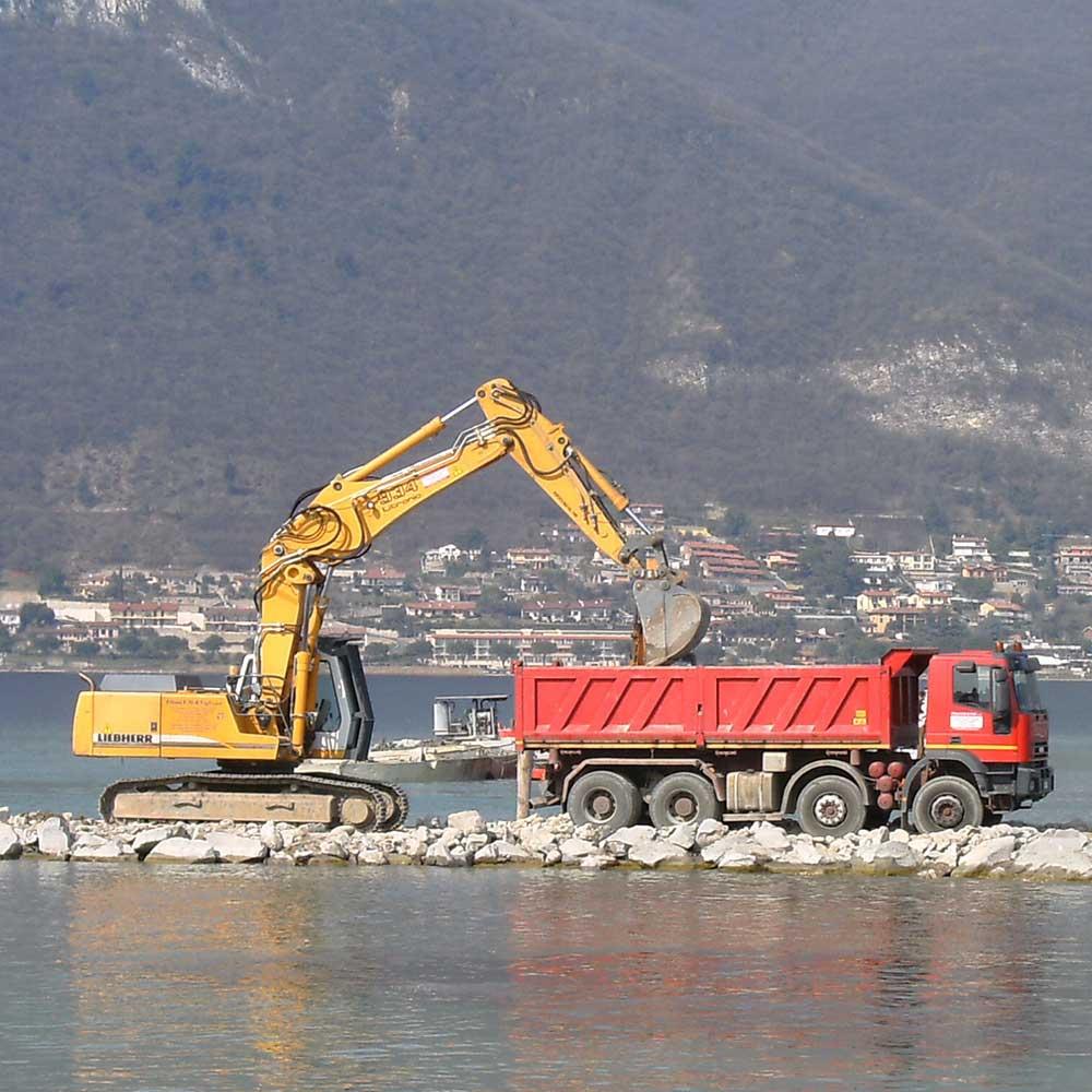 Scavi e movimenti terra a Brescia